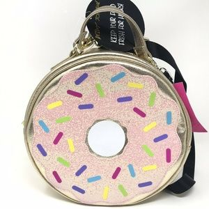 Luv Betsey Johnson Gold Donut Insulated Lunch Bag